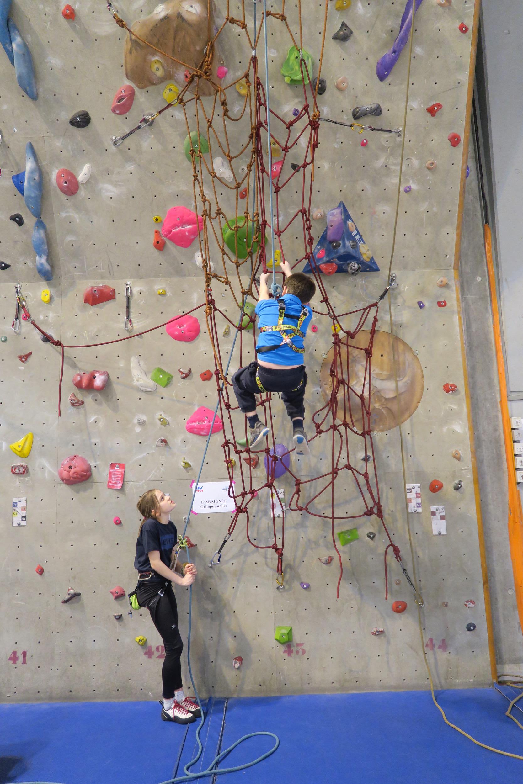 Roc 14 l 39 association de montagne et d 39 escalade - Prise escalade enfant ...